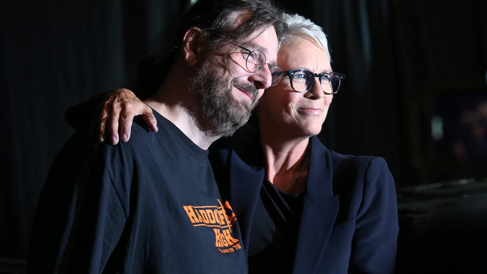 San Diego Comicon 2018: Jaime Lee Curtis Consoles a fan who was saved by the movie Halloween