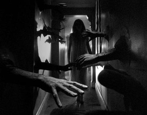 Eric's Review: Repulsion (1965)